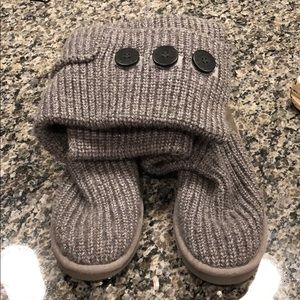 Grey Knitted Ugg's